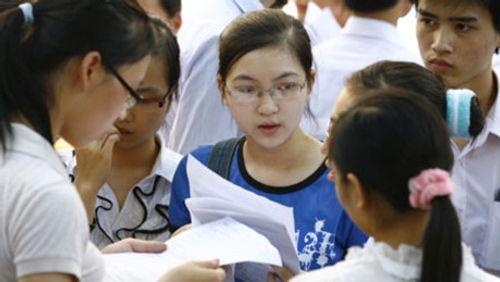 Bộ GD-ĐT yêu cầu các trường báo cáo tình hình việc làm của sinh viên tốt nghiệp - Ảnh 1