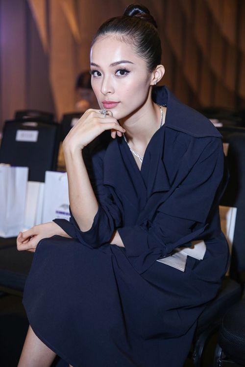 """Người đẹp yêu đại gia Việt, ai có trang sức kim cương """"khủng"""" hơn? - Ảnh 2"""