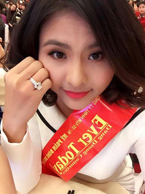 """Người đẹp yêu đại gia Việt, ai có trang sức kim cương """"khủng"""" hơn? - Ảnh 8"""