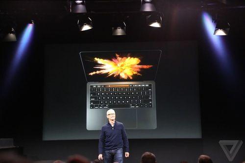 Apple ra mắt MacBook Pro với thanh cảm ứng đa chức năng - Ảnh 1