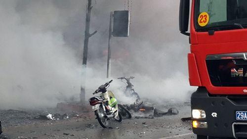 Toàn cảnh vụ hỏa hoạn thiêu rụi quán karaoke trên đường Trần Thái Tông - Ảnh 4