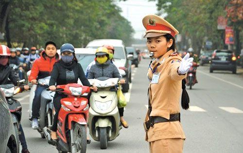 Tăng cường các biện pháp đảm bảo an toàn giao thông dịp cuối năm - Ảnh 1