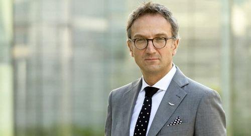 Aston Martin bất ngờ mời kỹ sư trưởng của Ferrari về phụ trách thiết kế - Ảnh 1