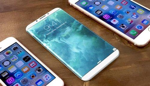 8 chiếc iPhone bốc cháy tại Trung Quốc do sự cố về pin - Ảnh 1