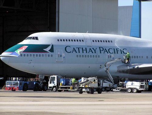 """Hàng không Cathay bị tố """"bỏ mặc"""" hành khách nguy kịch suốt 15 giờ bay - Ảnh 1"""