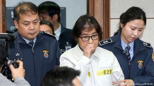 Bạn thân cựu Tổng thống Park Geun-hye đối mặt 25 năm tù - Ảnh 1