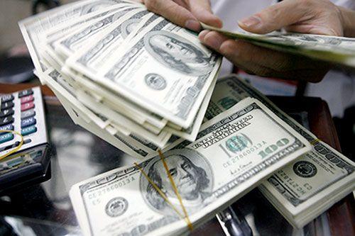 """Tỷ giá USD hôm nay 5/4: Đồng bạc xanh tiếp tục """"lao dốc"""" - Ảnh 1"""