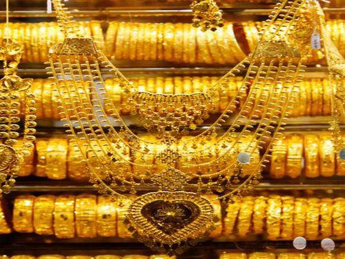 Giá vàng hôm nay 1/6: Vàng SJC bật tăng 50 nghìn đồng/lượng - Ảnh 1
