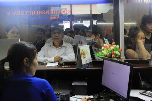 Công ty vận tải đường sắt Hà Nội lên tiếng vụ bán vé tàu giá 10 nghìn đồng - Ảnh 1