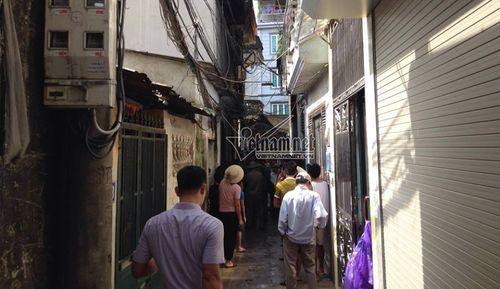 Hiện trường vụ hỏa hoạn ở Hà Nội khiến 4 người trong gia đình thiệt mạng - Ảnh 3