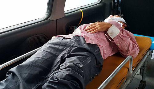 Vụ chìm tàu chở than ở Nghệ An: Tìm thấy 7 nạn nhân, 1 người tử nạn - Ảnh 1