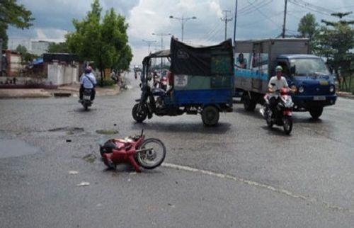 Tin tai nạn giao thông mới nhất ngày 12/8 - Ảnh 1