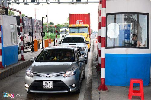 Thực hư chuyện xe container đi từ Bắc vào Nam mất gần 93 triệu đồng tiền phí BOT - Ảnh 1