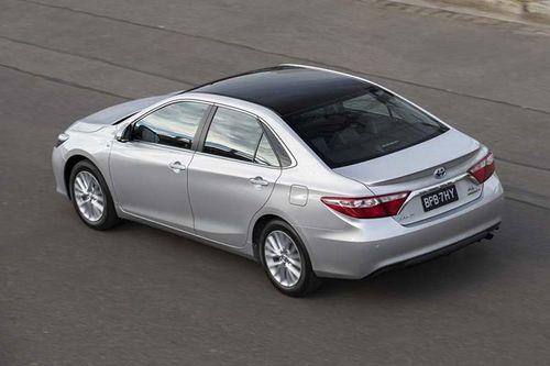 Toyota chốt giá hơn 700 triệu đồng cho mẫu Camry bản giới hạn chỉ  sản xuất 54 chiếc - Ảnh 1