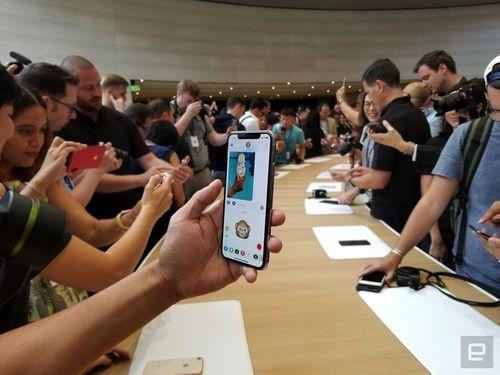 Siêu phẩm iPhone X giá 999 USD của Apple có gì đặc biệt? - Ảnh 3