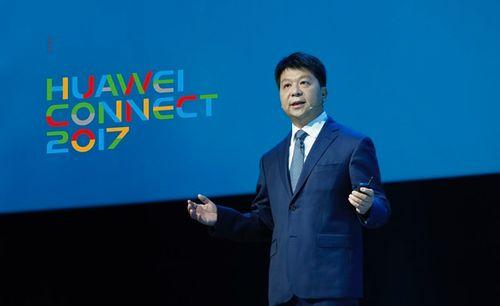 """Huawei và Microsoft """"bắt tay"""" hợp tác về dịch vụ đám mây - Ảnh 1"""