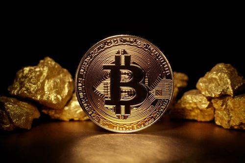 Giá Bitcoin hôm nay 17/1: Tụt sốc 3.000 USD, Bitcoin xuống mức 11.000 USD - Ảnh 1