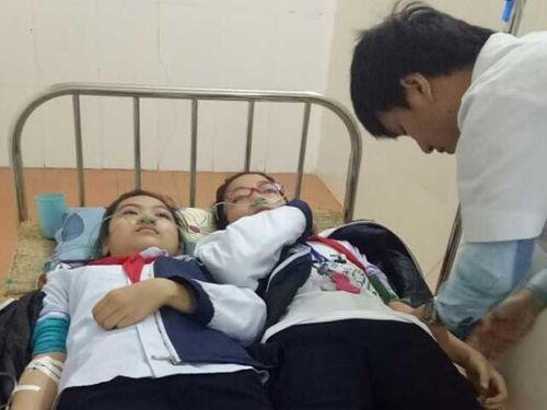 Thông tin mới nhất vụ hơn 20 học sinh nhập viện cấp cứu vì hít phải khí độc - Ảnh 1
