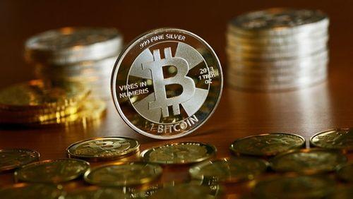 Giá bitcoin hôm nay 15/2: Hồi phục thêm 700USD, trở lại ngưỡng 9.000 USD - Ảnh 1