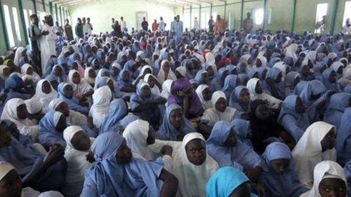 Nigeria: Phiến quân Boko Haram tấn công trường học, 111 nữ sinh mất tích - Ảnh 1