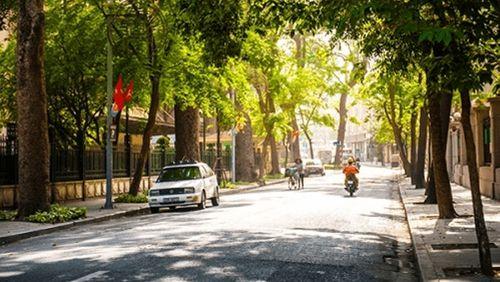 Dự báo thời tiết ngày 2/3: Vùng thấp phía Tây phát triển, Hà Nội nắng nóng 29 độ - Ảnh 1