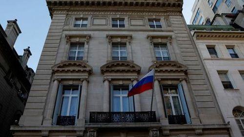 17 nước đồng loạt trục xuất hơn 100 nhà ngoại giao Nga sau vụ đầu độc cựu điệp viên - Ảnh 1