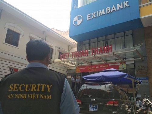 """Eximbank bị """"thổi bay"""" gần 800 tỷ sau khi ngân hàng bị khám xét - Ảnh 1"""