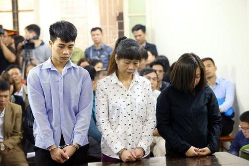 Nhân chứng vụ cháy quán karaoke 13 người chết nói gì tại tòa? - Ảnh 1