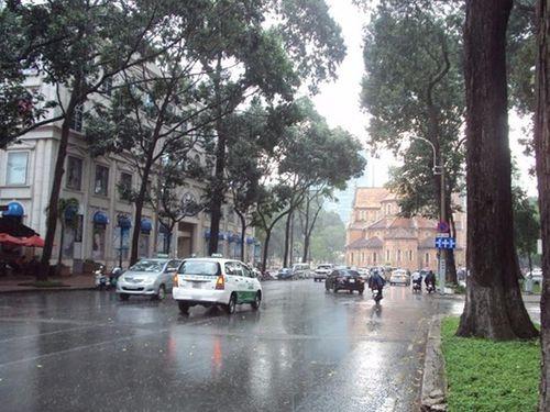 Dự báo thời tiết ngày 31/3: Nam Bộ mưa dông, miền Bắc đề phòng tố, lốc - Ảnh 1