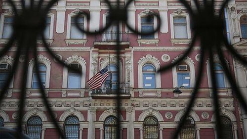 Nga trục xuất 150 nhà ngoại giao, đóng cửa lãnh sự quán  Mỹ - Ảnh 1