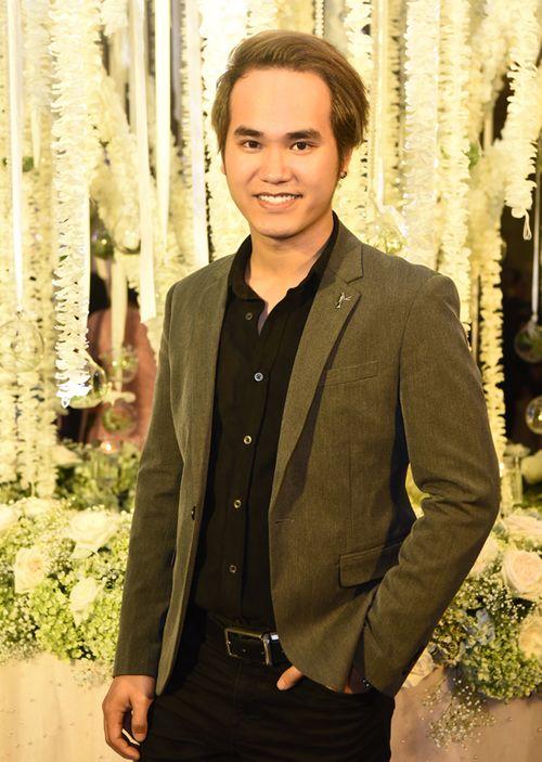 Dàn sao Việt dự tiệc cưới của ca sĩ Khắc Việt - Ảnh 9
