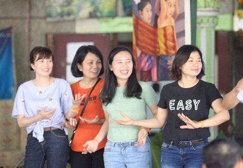 Hành trình xuất ngoại đón Tết cổ truyền Bunpimay ở nước láng giềng - Ảnh 5
