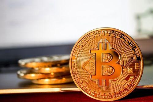 Giá Bitcoin hôm nay 4/4/2018: Bitcoin tăng 500 USD, nhà đầu tư thở phào - Ảnh 1