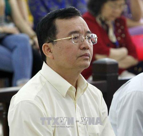 Bị cáo Đinh La Thăng cùng Luật sư bào chữa tranh luận về tội danh - Ảnh 2