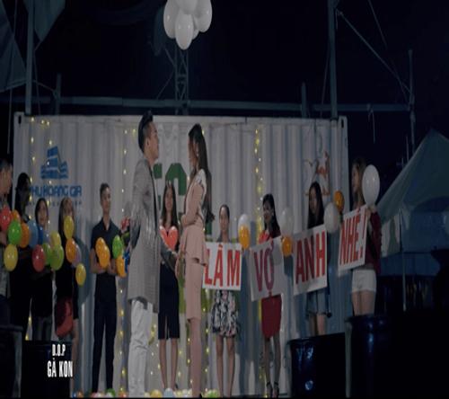 Châu Khải Phong cầu hôn bạn gái trong MV mới - Ảnh 3