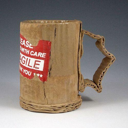 Bạn có nghĩ đây là những chiếc cốc được làm từ bìa carton? - Ảnh 1