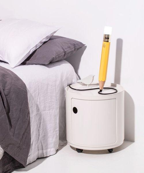 Ngắm những thiết kế đèn bàn lấy ý tưởng từ… bút chì - Ảnh 2