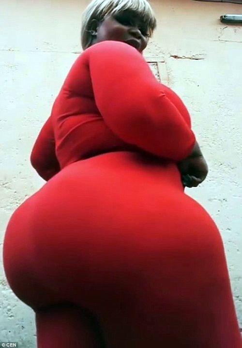 Cô gái có vòng 3 khủng nhất Tây Phi - Ảnh 1