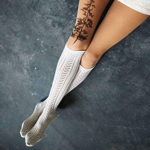 """Bộ sưu tập """"vớ Tattoo"""" tạo dáng cho đôi chân cá tính hơn - Ảnh 5"""