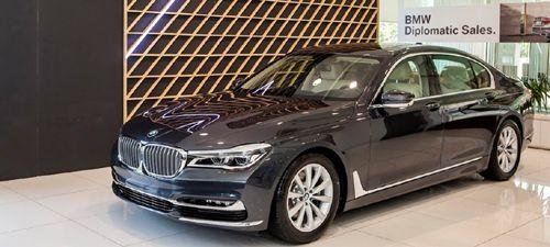 Tạm dừng thông quan các lô hàng nhập khẩu xe ô tô BMW, xem xét khởi tố vụ án - Ảnh 1