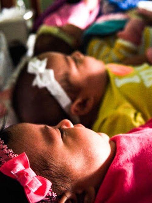 Mới mang bầu đã thấy nhiều vết thâm tím, bà mẹ 'sốc nặng' khi nhận tin từ bác sĩ - Ảnh 9