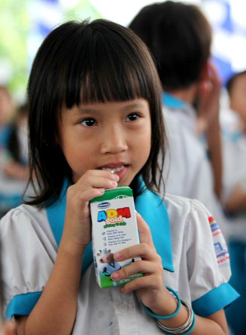 Vinamilk và Quỹ sữa Vươn cao Việt Nam trao tặng sữa cho trẻ em Cần Thơ - Ảnh 6