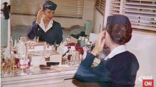 Kỳ lạ: Nữ tiếp viên hàng không 80 tuổi vẫn chưa muốn về hưu - Ảnh 3