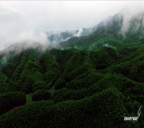 Hồ Trung Hòa – Đà Nẵng đẹp như tiên cảnh trong mắt biker Ngô Minh Tú - Ảnh 2