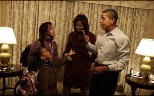Obama đã làm thế nào để con gái có cuộc sống bình thường? - Ảnh 2