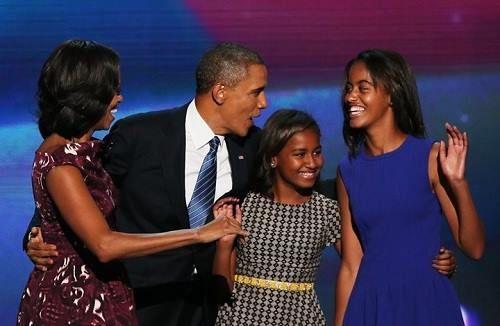 Obama đã làm thế nào để con gái có cuộc sống bình thường? - Ảnh 1