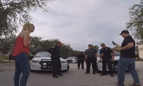 Màn cầu hôn hoành tráng nhờ đến sự giúp đỡ của xe cảnh sát - Ảnh 1