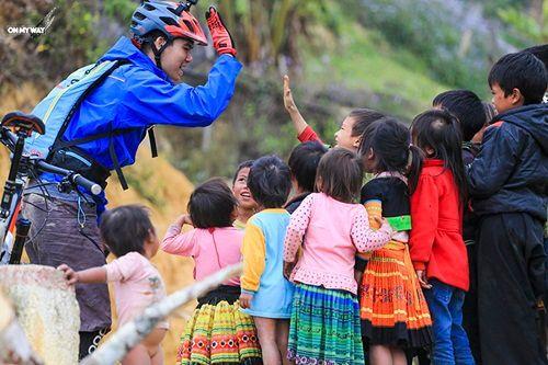 Ngô Minh Tú – chàng trai truyền cảm hứng cho nét đẹp Việt - Ảnh 1