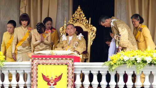 Ngành du lịch, chứng khoán Thái Lan gặp khó vì vua băng hà - Ảnh 1