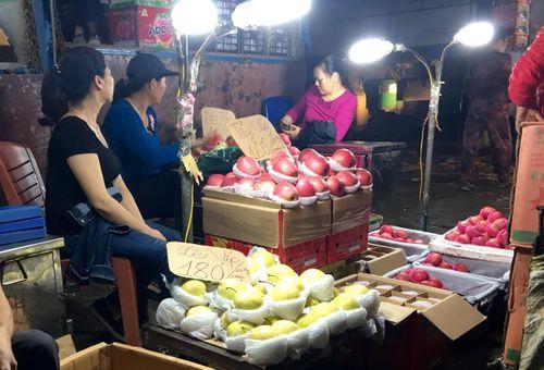 10 tháng đầu năm nhập khẩu 120 nghìn tấn hoa quả Trung Quốc - Ảnh 1